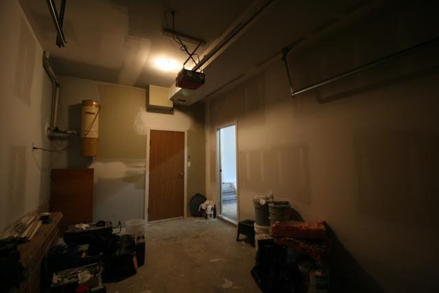 stockroom2_before