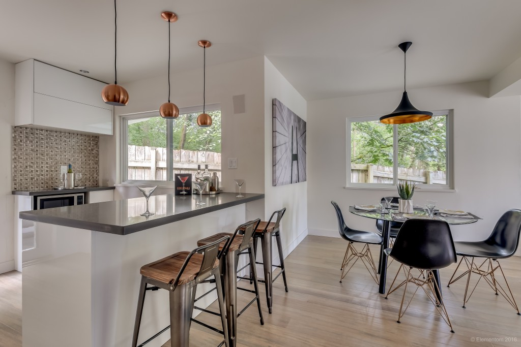 8-dining-kitchen-c