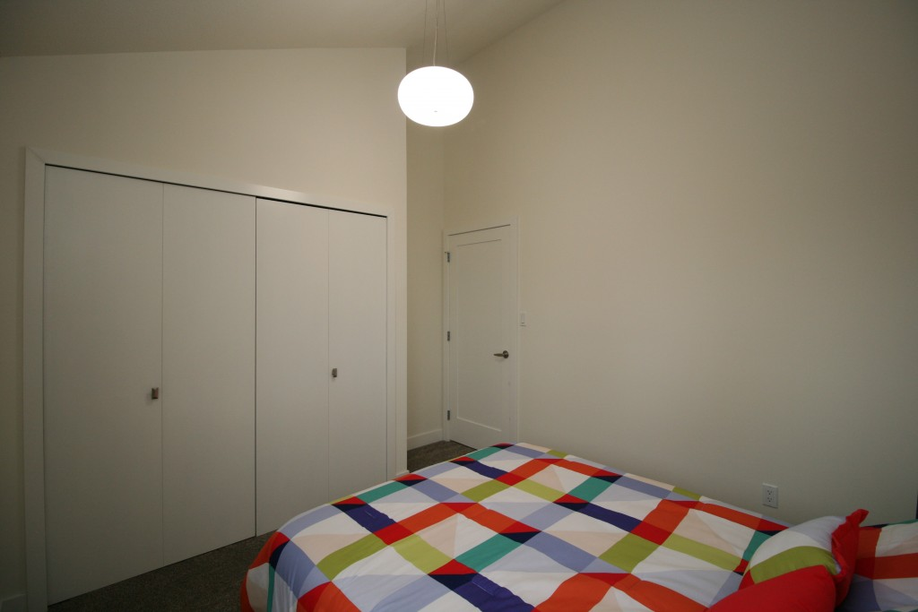 15bedroom2 c2
