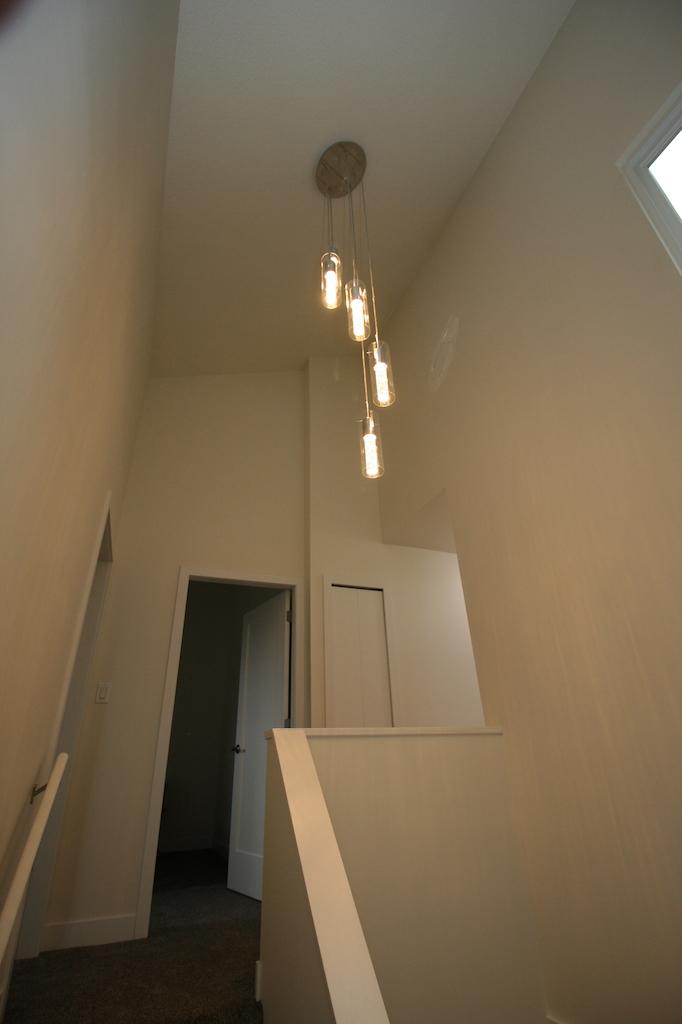 8stairslanding-2